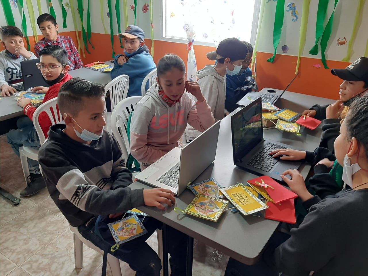 Learning Center , food and the Gospel for kids in Bogota -Colombia